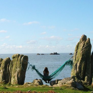 Hammock between two rocks